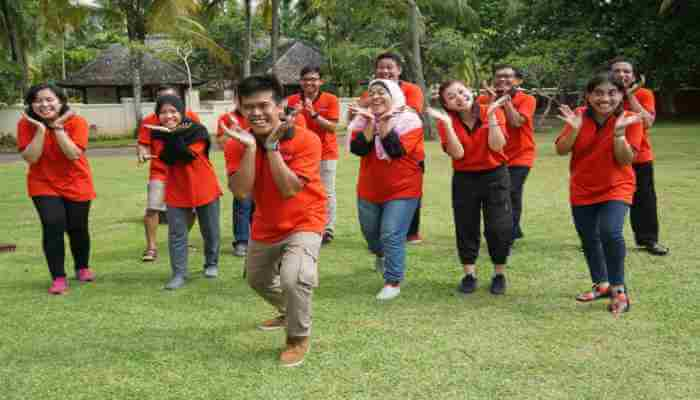 TVworkshop Asia Singapore Team building and Team bonding Jakarta Indonesia